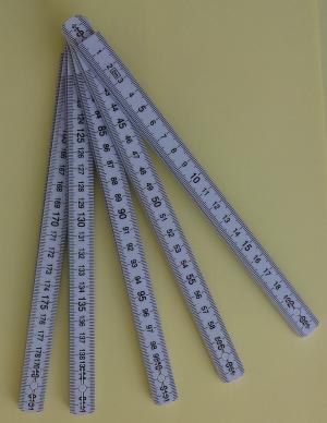 Gliedermaßstab, 200cm mit taktilen Markierungen